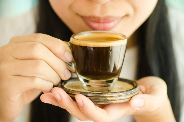 Espresso genießen - Espressomaschine online kaufen